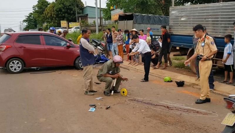 Phát hiện 'đồ nghề' trộm xe trong túi 2 thanh niên bị tai nạn