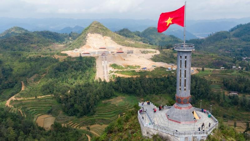 """Quan điểm của Hà Giang về công trình chùa Lũng Cú: Cần một """"cột mốc văn hóa"""" nơi địa đầu Tổ quốc"""