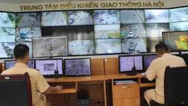 Hà Nội là một trong những địa phương tiên phong áp dụng công nghệ thông tin vào việc giám sát, xử lý vi phạm giao thông.
