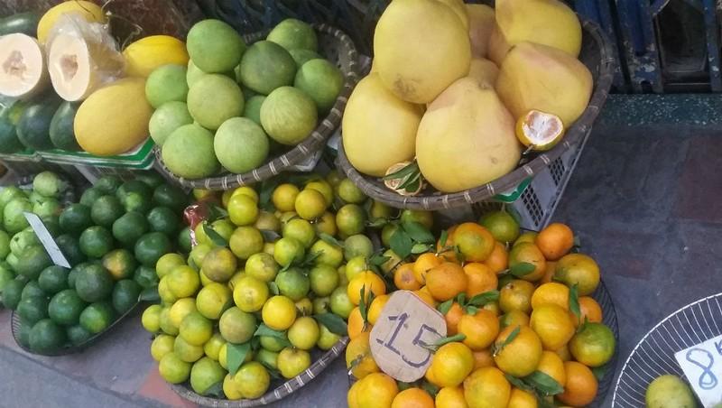 Sự thật về cam Cao Phong giá rẻ tràn lan trên phố