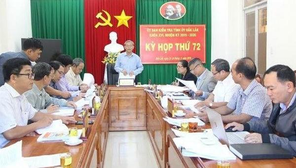 Yêu cầu 3 cán bộ rút kinh nghiệm vụ nữ Trưởng phòng dùng bằng giả ở Đắk Lắk