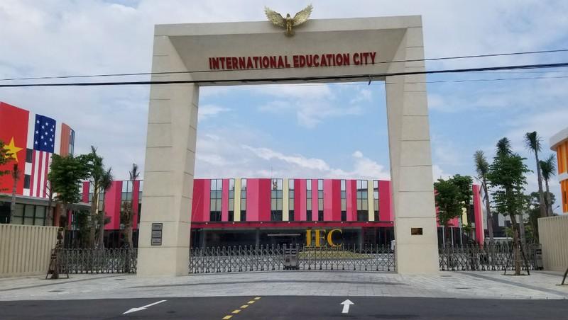 """Dự án """"thần tốc"""" lấy 9ha đất quy hoạch công viên Quảng Ngãi: """"Đặc khu giáo dục"""" Nguyễn Hoàng sai quy hoạch, sai phép xây dựng"""
