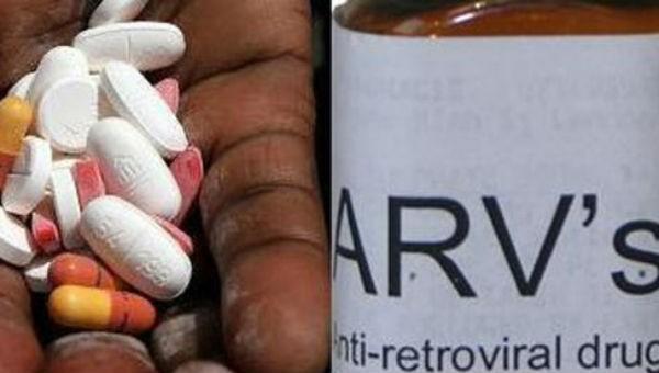 Phấn đấu 90% người nhiễm HIV được điều trị thuốc ARV
