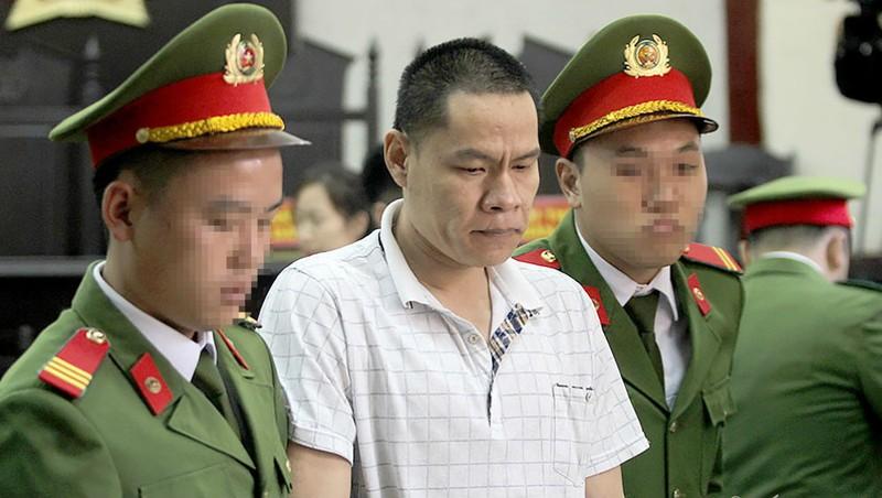 'Ông trùm' sát hại nữ sinh giao gà bị tuyên án, mẹ và con gái suy sụp