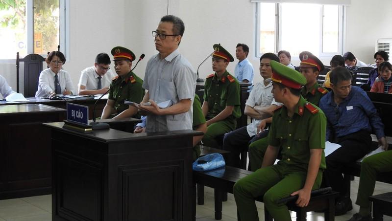 Ủy ban Kiểm tra Trung ương 'vào cuộc' vụ cựu Bí thư Bến Cát