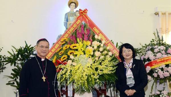 Phó Chủ tịch nước chúc mừng Giáo phận Bùi Chu nhân dịp Giáng sinh