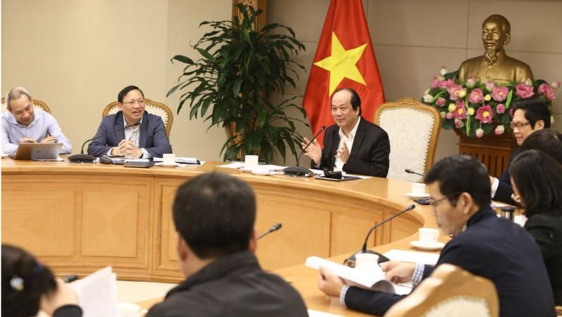 Bộ trưởng, Chủ nhiệm Văn phòng Chính phủ chủ trì cuộc họp.