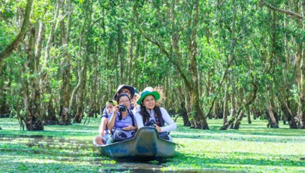 Các hoạt động du lịch cần cẩn trọng với môi trường, hạn chế tác động tiêu cực đến cảnh quan sinh thái chung