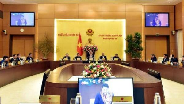 Quang cảnh phiên họp thứ 41 của Ủy ban Thường vụ Quốc hội