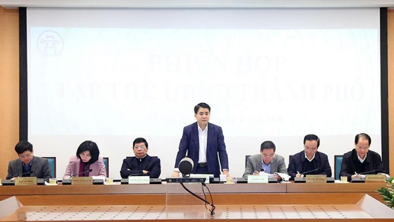 Chủ tịch UBND TP Nguyễn Đức Chung chủ trì phiên họp.
