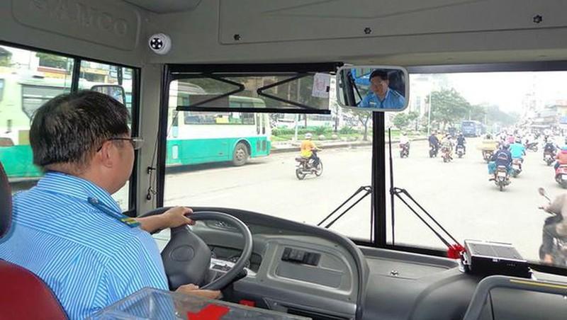 Xe khách từ 9 chỗ ngồi sẽ phải lắp đặt camera ghi hình tài xế và hành khách
