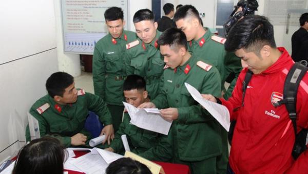Quân nhân xuất ngũ tại Phiên giao dịch việc làm TP Hà Nội năm 2019.
