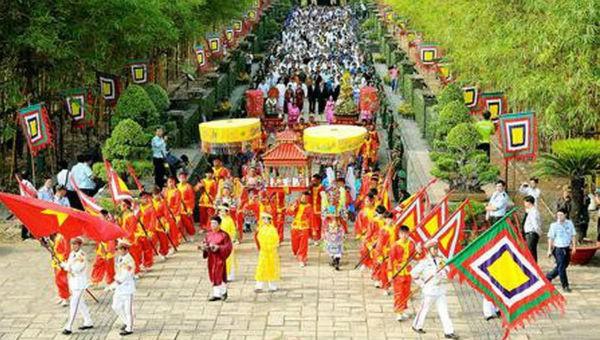 Không tổ chức phần hội trong Giỗ Tổ Hùng Vương- Lễ hội Đền Hùng