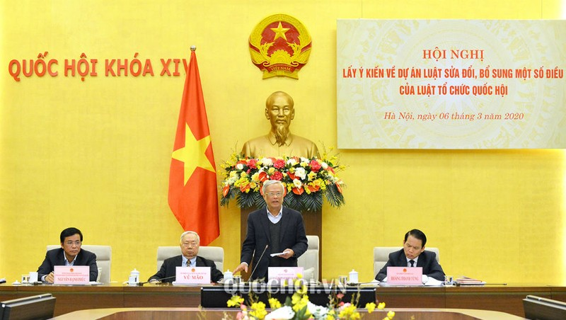 Phó Chủ tịch QH Uông Chu Lưu phát biểu tại hội nghị.