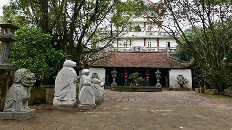 Đền thờ Mẹ Âu Cơ trong quần thể Di tích Đền Hùng