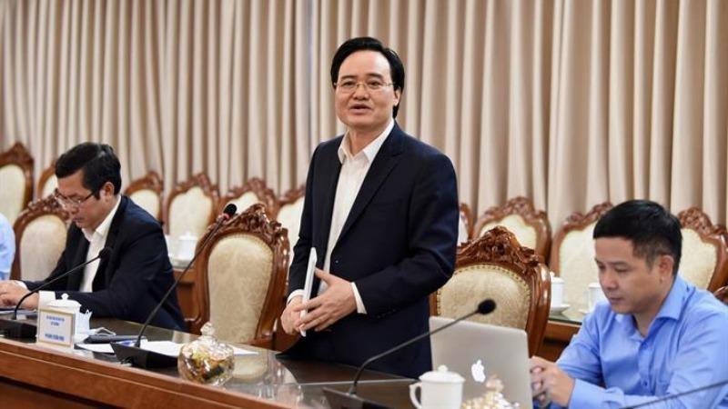 Bộ trưởng Bộ Giáo dục & Đào tạo Phùng Xuân Nhạ phát biểu trong cuộc làm việc với Bộ trưởng Bộ Thông tin và Truyền thông Nguyễn Mạnh Hùng.