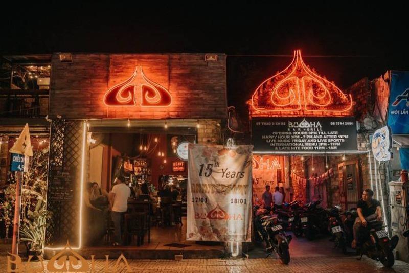 Tên gọi và hoạt động của bar Buddha có  xúc phạm đến tôn giáo?
