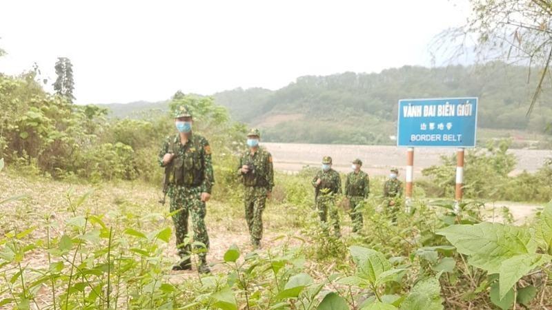 Lính biên phòng căng mình soát vùng biên, hẹn hậu phương vui sau khi thắng dịch Covid - 19