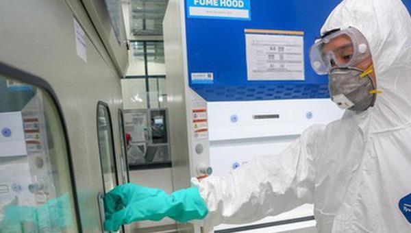 Chuyển máy thở do Vingroup sản xuất đến Bộ Y tế