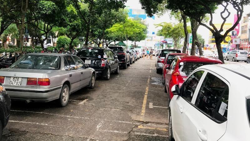 Dự án Bãi đậu xe công viên Lê Văn Tám từng được kỳ vọng sẽ giúp TP HCM có thêm nơi đậu xe công cộng nhưng hiện chưa thể triển khai.