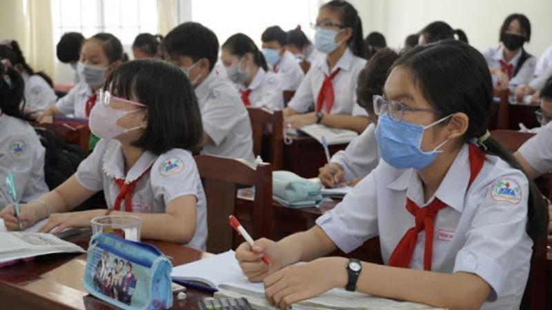 Tỉnh đầu tiên quyết định cho học sinh trở lại trường