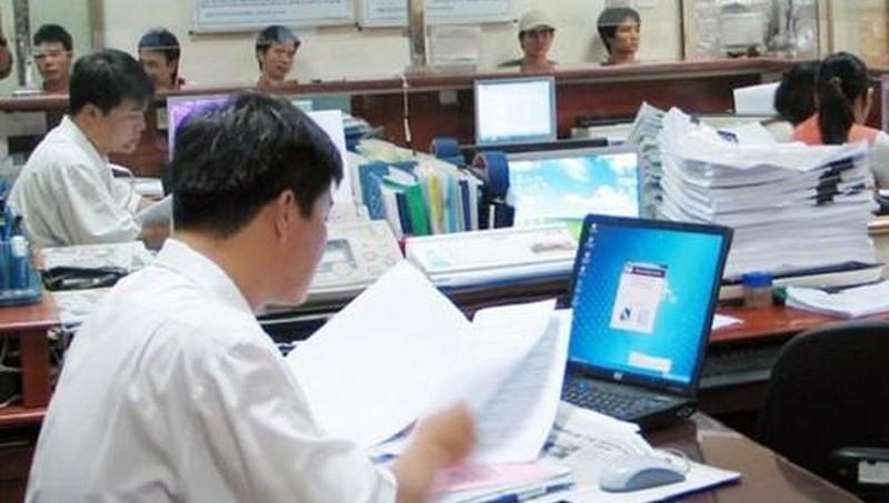 TP HCM giảm thu nhập tăng thêm đối với cán bộ, công chức