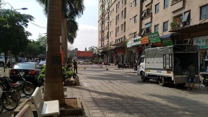 Nam thanh niên nghi rơi từ tầng 32 khu đô thị Đại Thanh tử vong