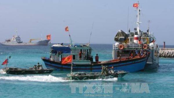 Phản đối Quy chế cấm đánh bắt cá của Trung Quốc trên Biển Đông