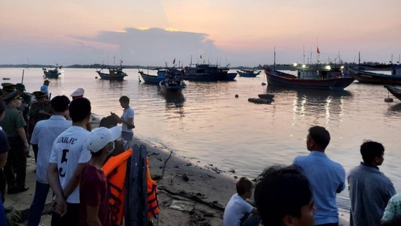 Tìm thấy thi thể cuối cùng vụ lật ghe trên sông Thu Bồn