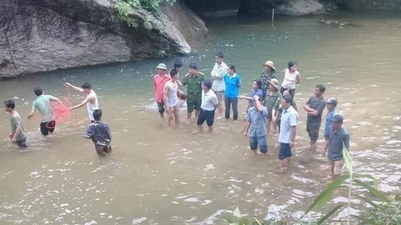Hiện trường vụ nam thanh niên Lào Cai đuối nước khi   tắm thác