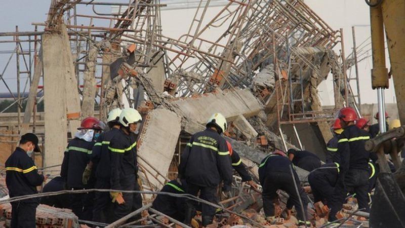 Tạm giữ 3 người để điều tra vụ sập công trình ở Đồng Nai
