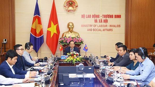 Các nước ASEAN chia sẻ thông tin ứng phó tác động của Covid-19