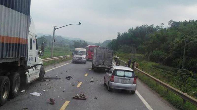 Tài xế gây tai nạn liên hoàn khiến 1 người tử vong ra trình diện
