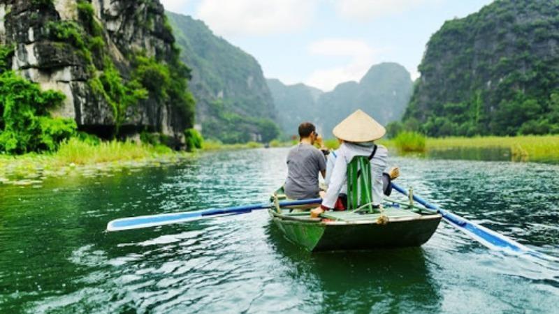 Báo quốc tế dự báo du lịch Việt Nam phục hồi nhanh