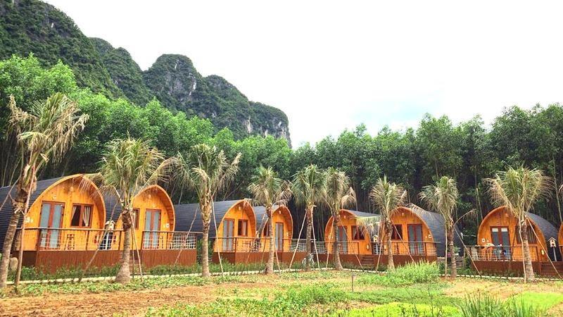 """Du lịch Việt hút khách... """"nhà giàu"""""""