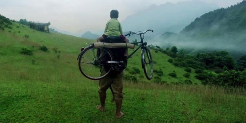 """""""Gánh nặng cuộc đời không ai khổ bằng cha"""""""