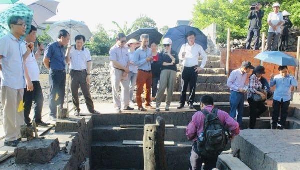 Khảo sát bãi cọc tại huyện Thủy Nguyên, Hải Phòng