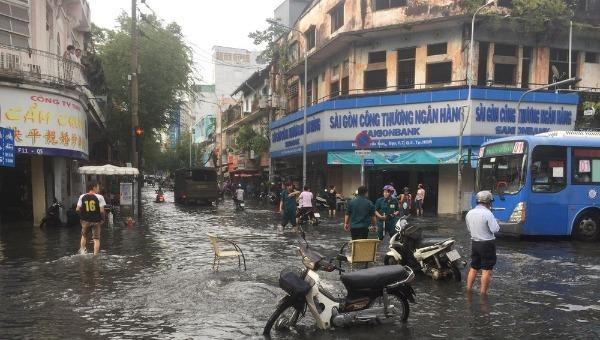 TP Hồ Chí Minh: 5 năm giảm ngập nước 70% tuyến đường chính