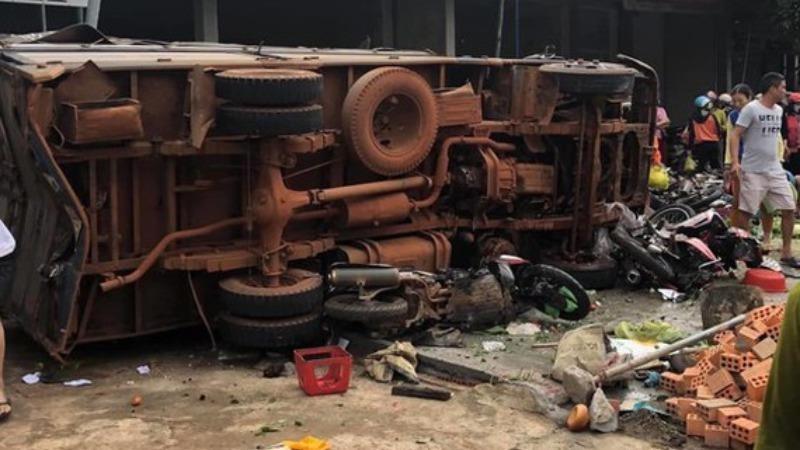 Khởi tố, bắt tạm giam tài xế gây tai nạn liên hoàn khiến 5 người tử vong