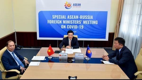 Phó Thủ tướng, Bộ trưởng Ngoại giao Phạm Bình Minh dự Hội nghị trực tuyến Đặc biệt Bộ trưởng Ngoại giao ASEAN-Nga về Covid-19.