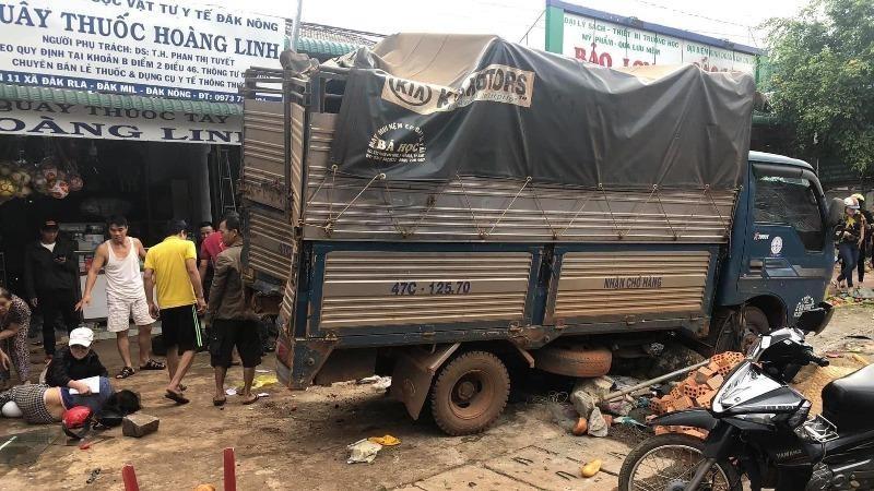 Vụ tai nạn khiến 5 người tử vong.