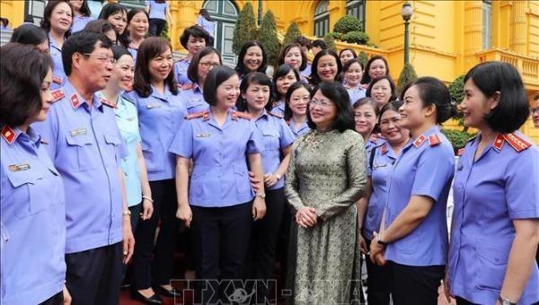 Phó Chủ tịch nước tiếp Đoàn nữ cán bộ kiểm sát tiêu biểu