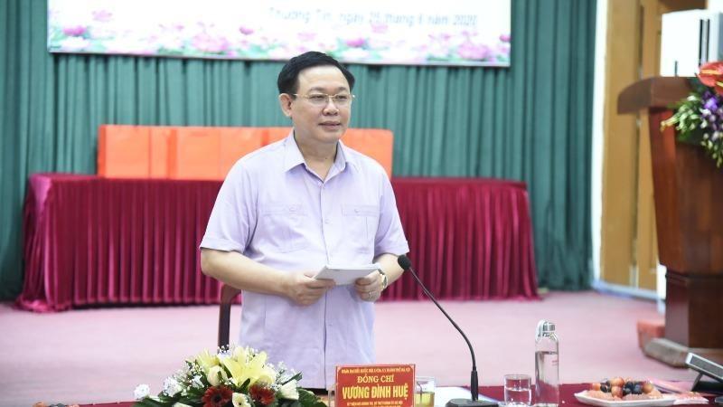 Bí thư Thành ủy Hà Nội Vương Đình Huệ làm việc với Huyện ủy Thường Tín.