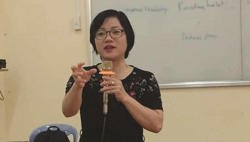 PGS.TS Nguyễn Thị Thanh Huyền tại một buổi đào tạo nghiệp vụ báo chí.