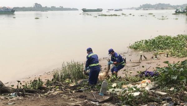 Thi thể nam giới được phát hiện trên sông Đồng Nai.