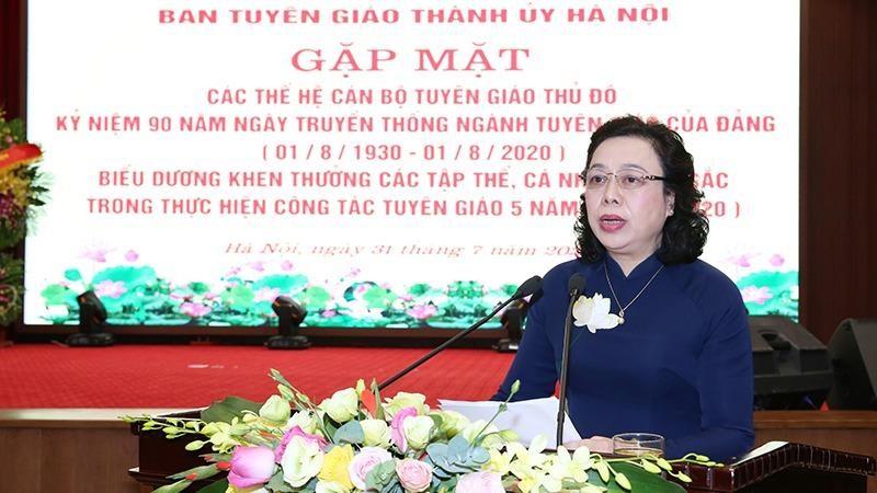 Phó Bí thư Thường trực Thành ủy Ngô Thị Thanh Hằng phát biểu tại buổi gặp mặt