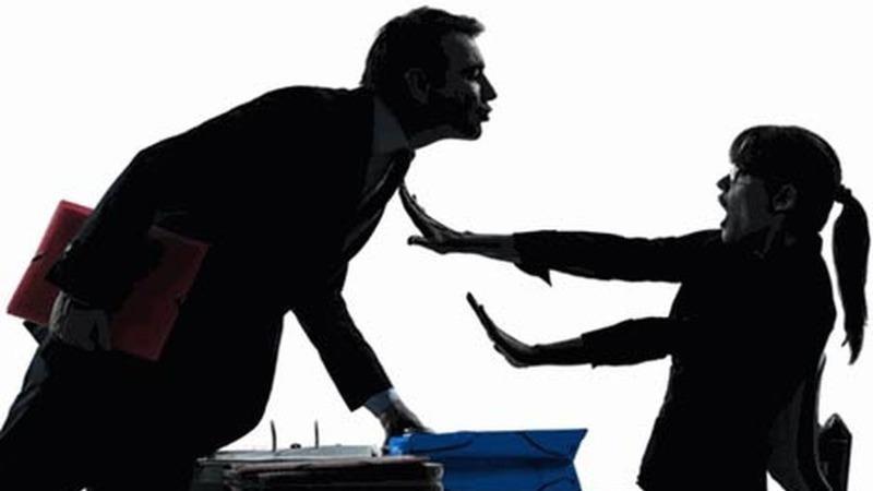 Xử lý quấy rối tình dục tại nơi làm việc: Không được chấp nhận lời bào chữa của thủ phạm!
