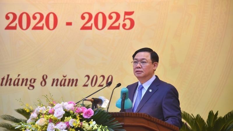 Ủy viên Bộ Chính trị, Bí thư Thành ủy Hà Nội Vương Đình Huệ phát biểu chỉ đạo Đại hội.