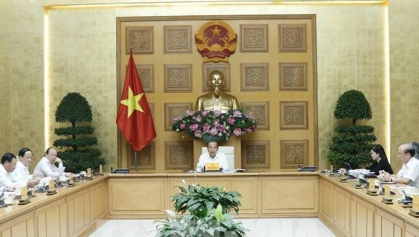Phó Thủ tướng Thường trực Chính phủ Trương Hòa Bình chủ trì cuộc họp