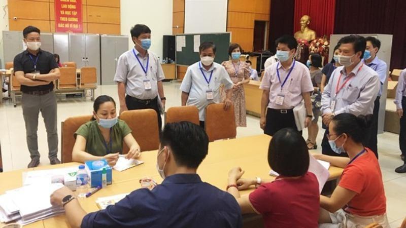 Thứ trưởng Bộ GD&ĐT Nguyễn Hữu Độ đã có hướng dẫn cách thức chấm thi các bài thi bất thường. Ảnh An ninh thủ đô.